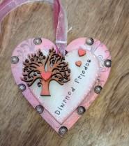 Diwrnod Priodas (Wedding Day) heart